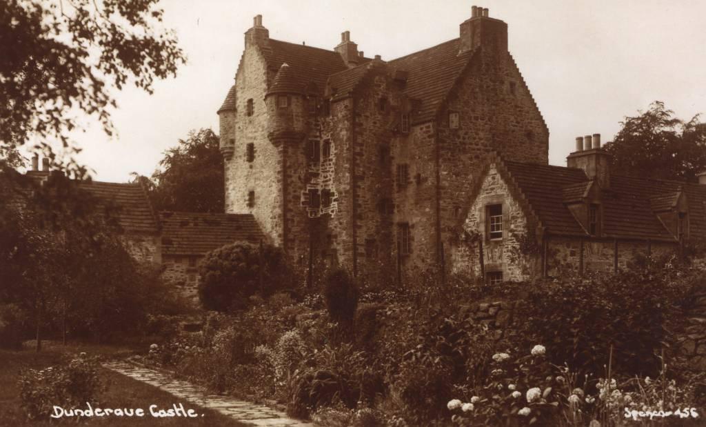 Dundarave Castle