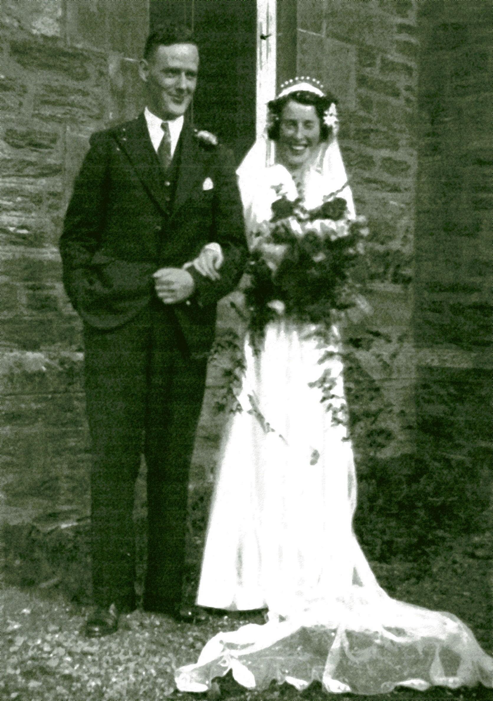 Catherine Isabelle Conway & William MacIntyre Brod