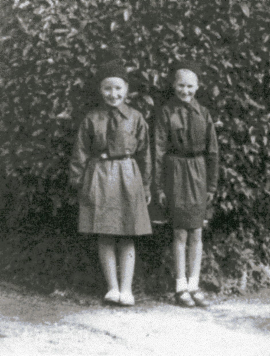 Brownies, Margaret Sinclair and Una McLeod