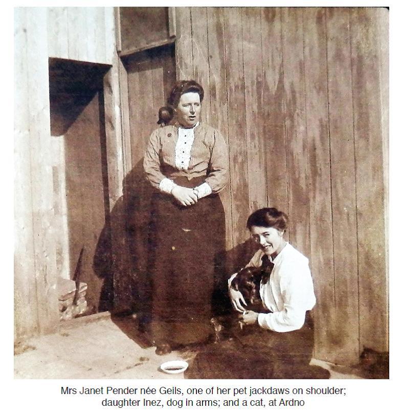 Janet and Inez Pender