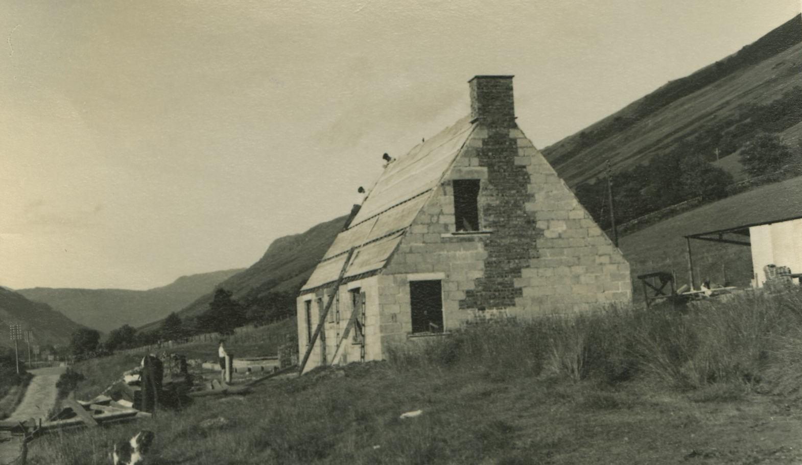 2 Hydro Houses